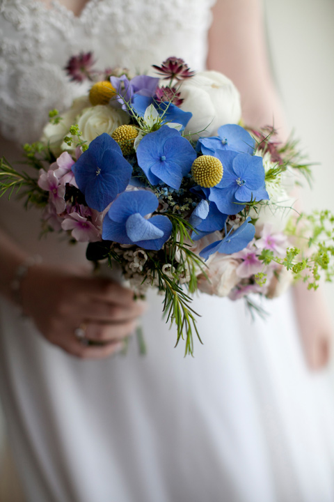 We love the 'just picked' look of this bouquet