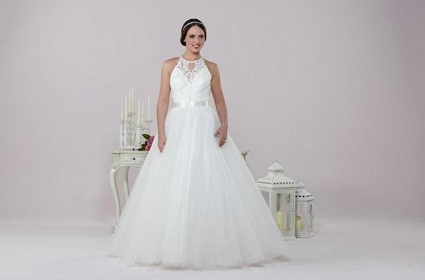 Daisy by Alexia wedding dress