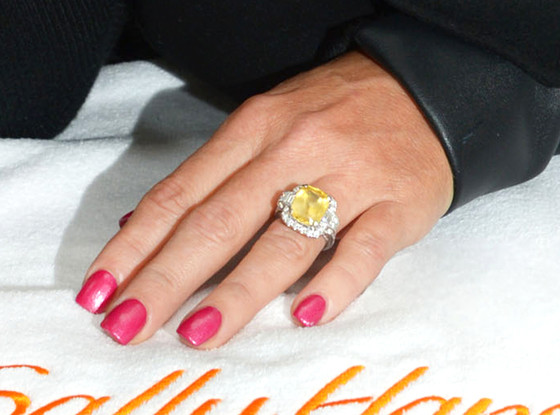 Which TV presenter owns this enormous engagement ring?