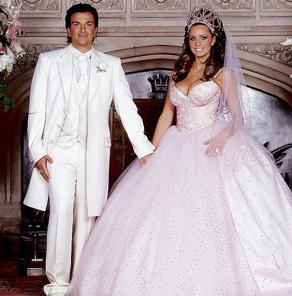 Awful Celebrity Wedding Dresses : Top worst celebrity wedding dresses ever