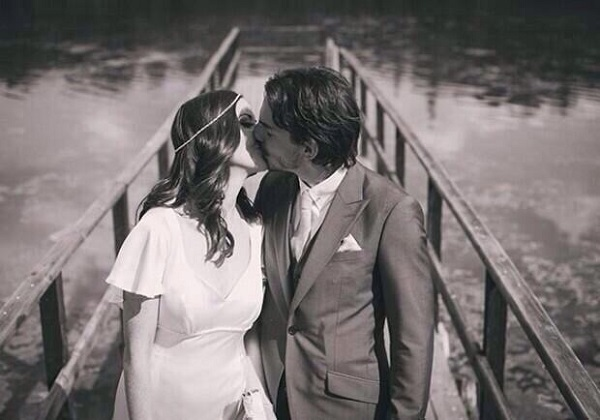 2FM presenter Jennifer Maguire marries in Castle Leslie