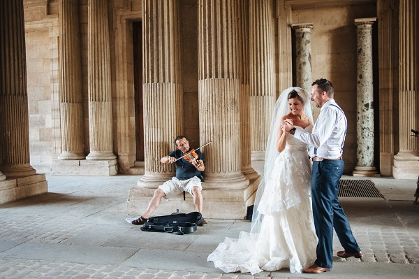 From Paris with Love – a wedding photo shoot in the romantic capital