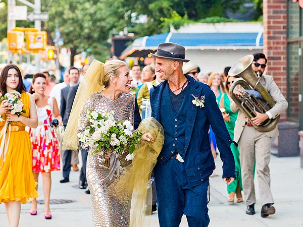 Coyote Ugly star marries in silver wedding dress