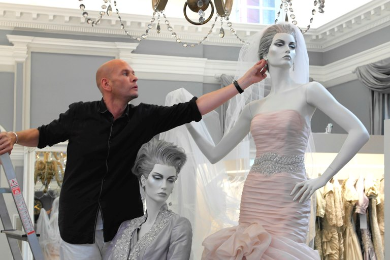 Designer Ian Stuart reveals his top fashion tips for MOBs