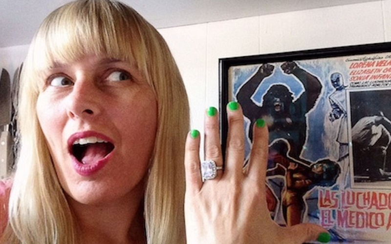 Top 10 Celebrity Engagement Ring Selfies