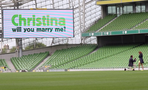 Irishman proposes in THE most romantic way EVER