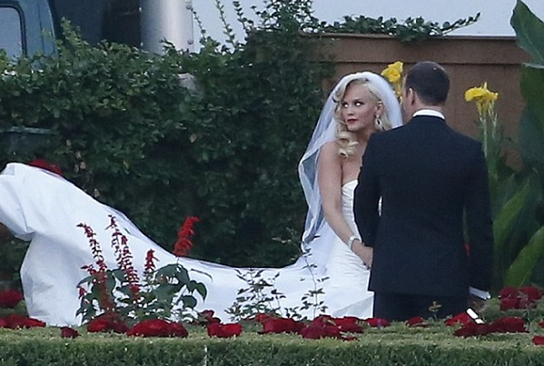 Jenny McCarthy and Donnie Wahlberg get married!