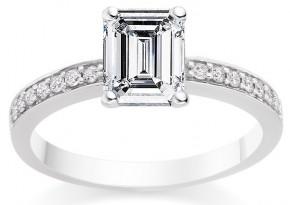 star sign engagement ring capricorn