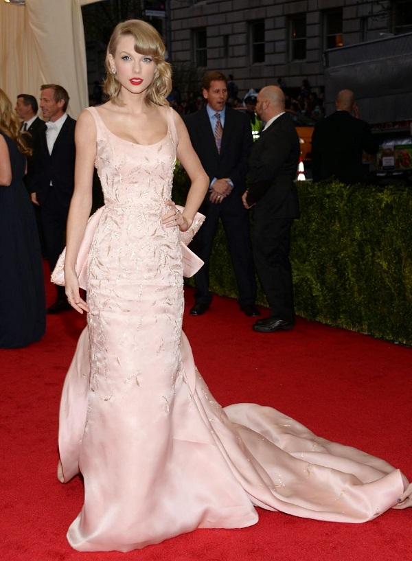 Celebrity Oscar De La Renta Wedding Dresses 9