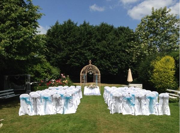 Headfort Arms garden ceremony