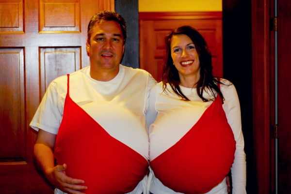 couples halloween costumes boobs