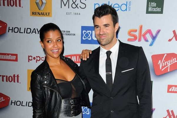 Steve Jones reveals wedding photos