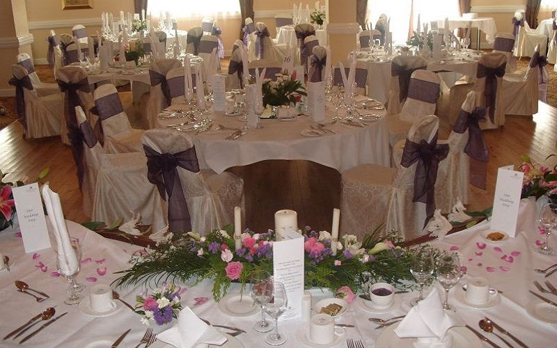 A Wedding fit for a Queen and King at the Ard Rí House Hotel