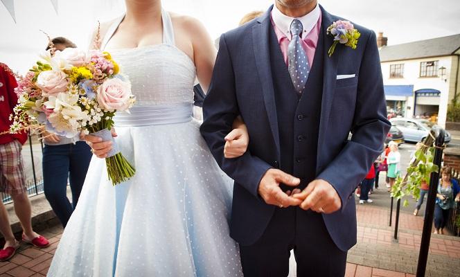 8 wedding traditions it's ok to break