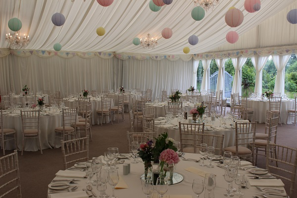 Wow Weddings celebrate new website and showroom