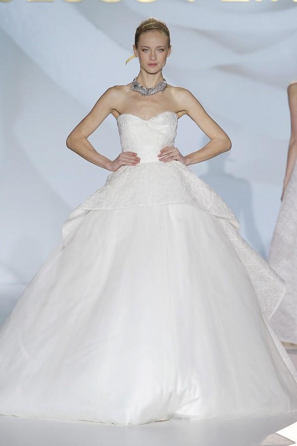 wedding dress big skirts