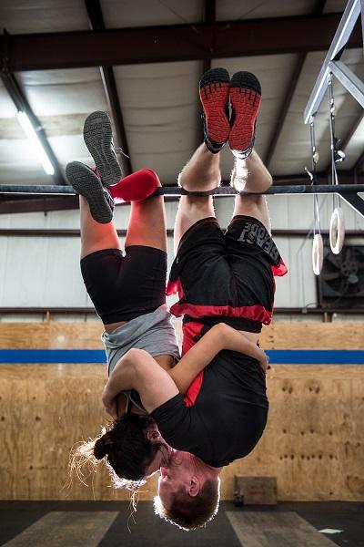 unique engagement shoot ideas gym