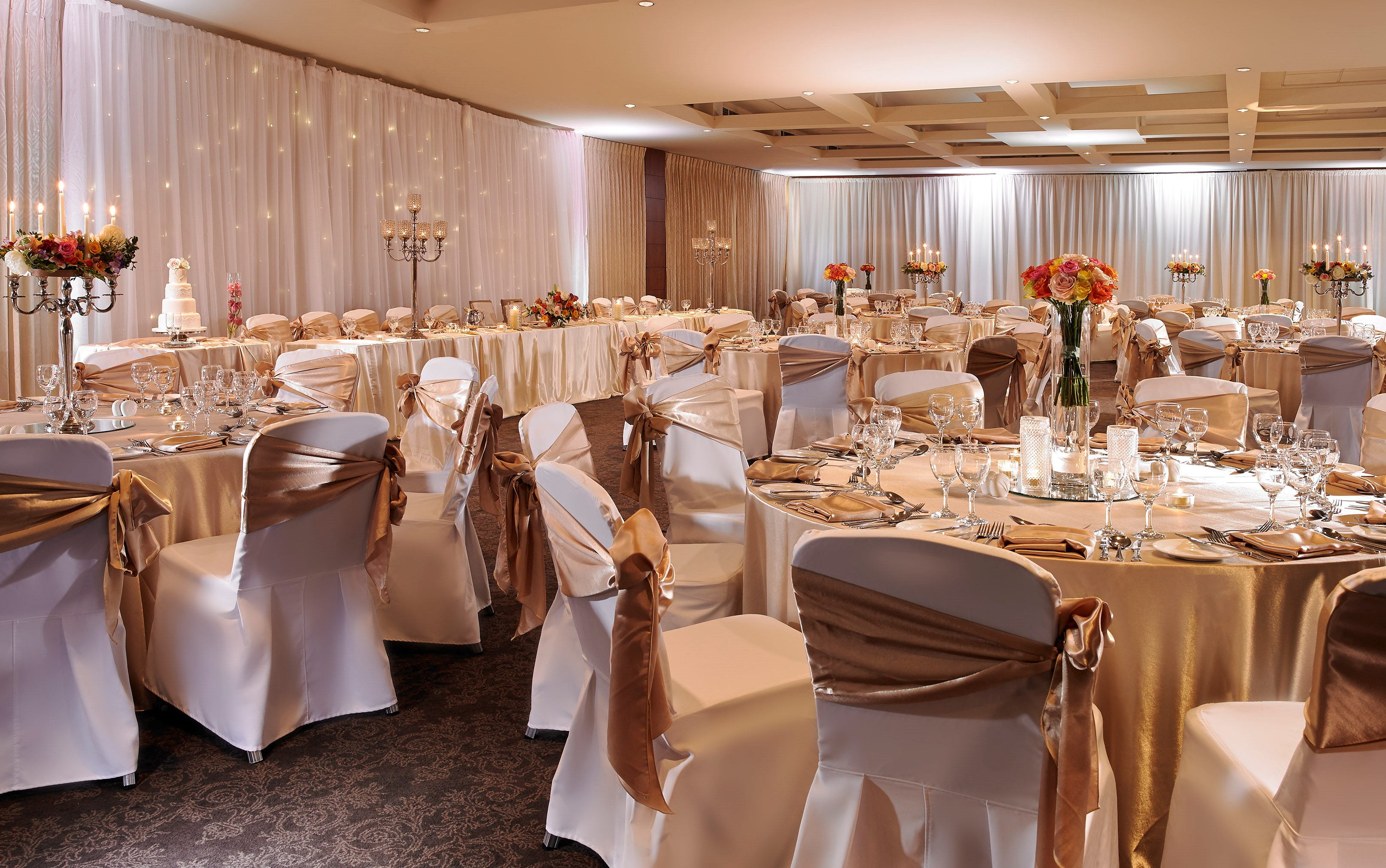 Summer Wedding Evening at Castleknock Hotel & Country Club