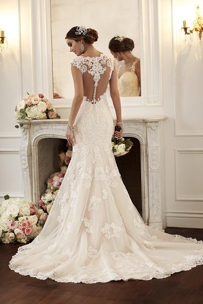 Find your dream dress at LA Bridal House