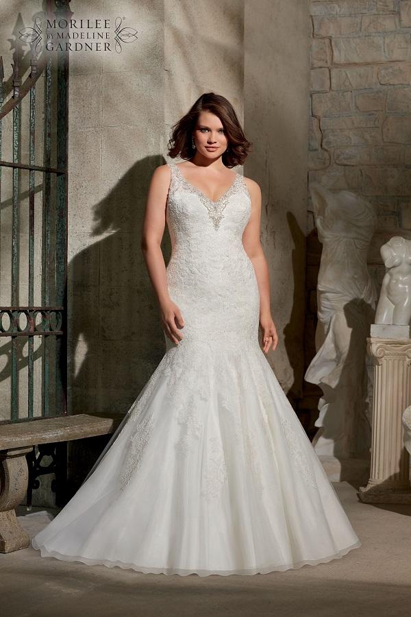 Curvy Bride Mermaid Wedding Dress 3