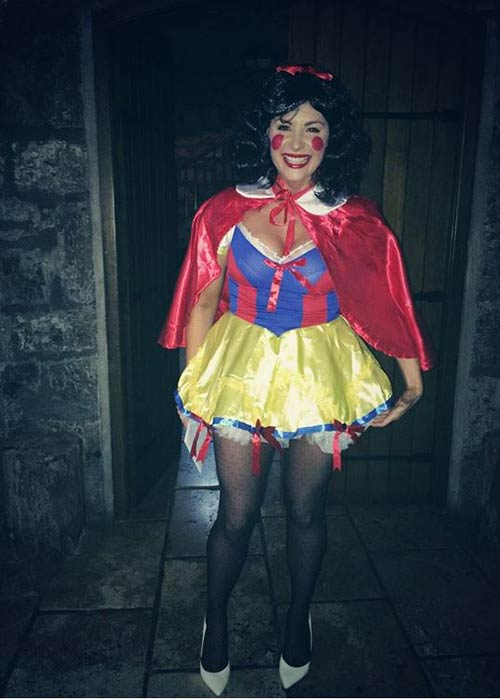 Lisa dressed as Snwo White on her first hen party. Pic twitter
