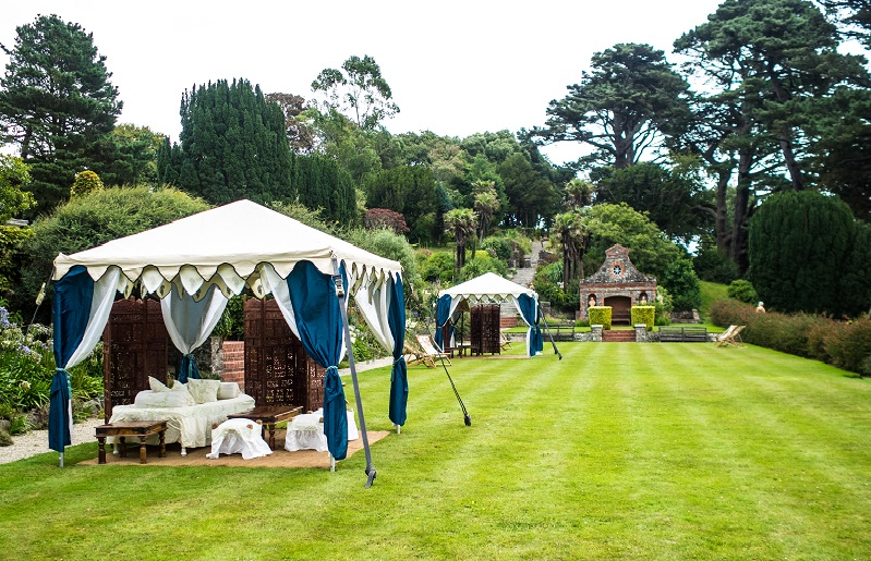 Modern-wedding-trends-Quintessentially-English-photo-courtesy-of-Philip-Volkers