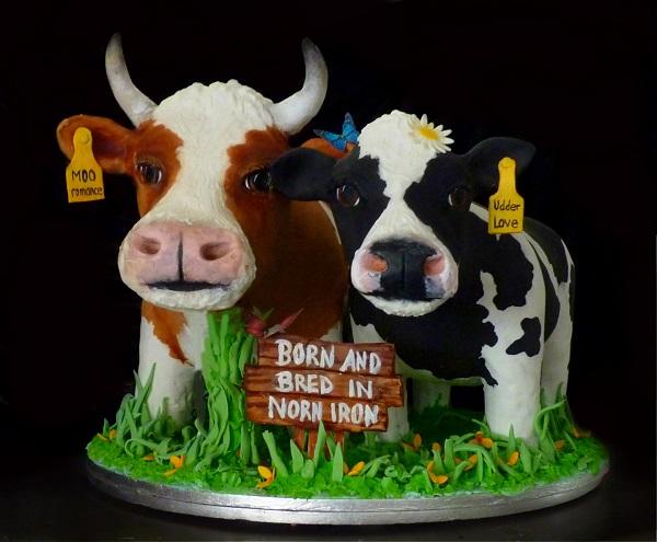 [cake sculptures ] Madame Cocoa