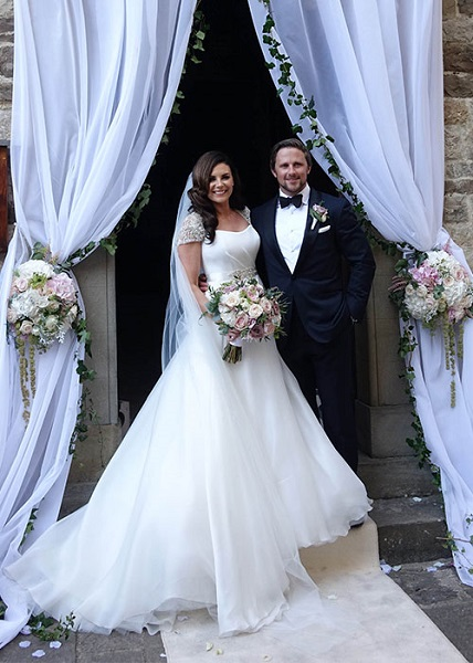 Xpose's Lisa Cannon & rugby star Richard Keatley tie the knot