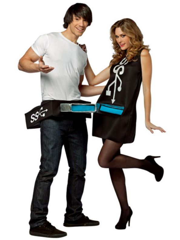Halloween costumes for couples  sc 1 st  WeddingJournalOnline & 18 Hilarious Halloween Costumes for Couples