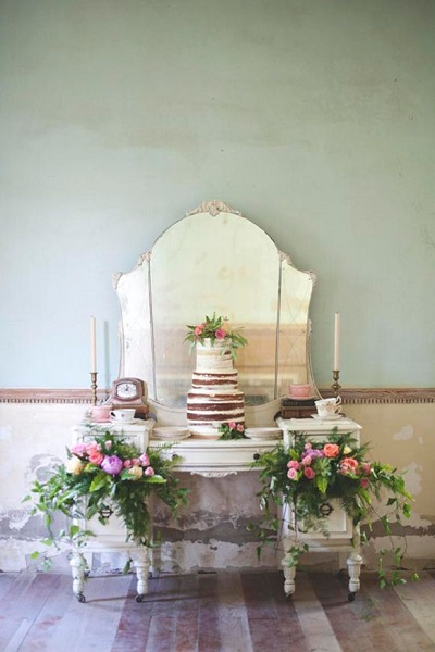 11 inspiring wedding cake display ideas