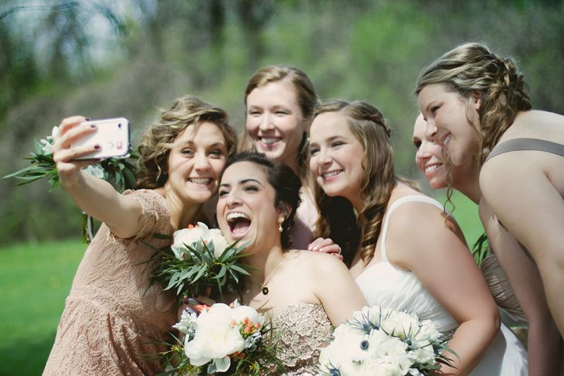 wedding photo tip - wedfie