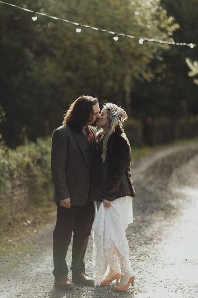 Real Irish Wedding - Julie McGuinness and Fergal Mullally