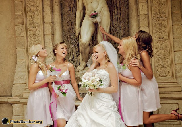 zombie photobomb and other funny wedding photos wedding journal