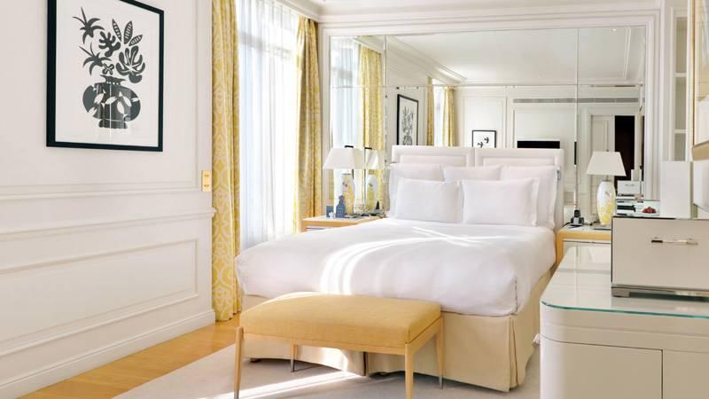 Superior pineweood room Grand Hotel du Cap-Ferrat