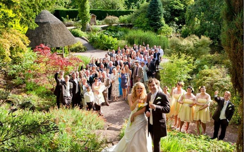 10 spectacular outdoor irish wedding venues wedding journal for Best garden studios