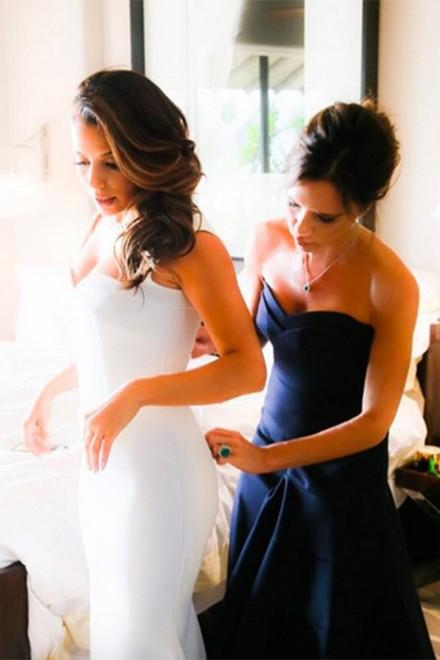 Pippa Middleton's wedding dress 4