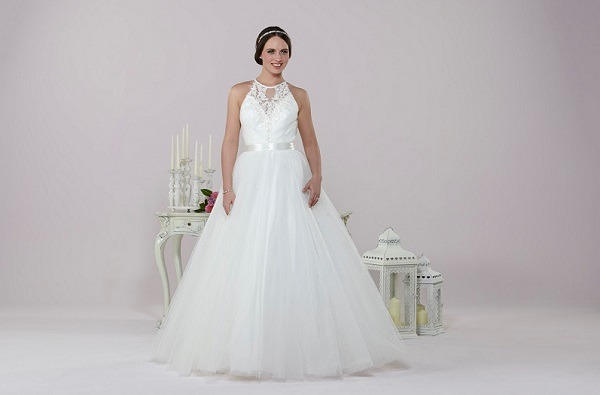 Daisy by Alexia wedding dress
