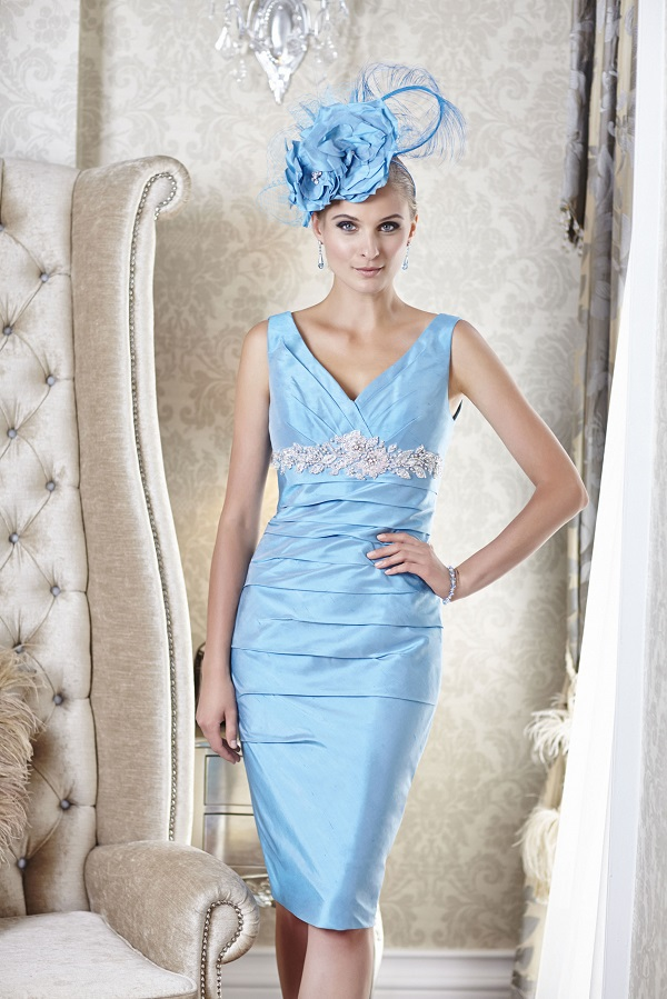 5.V-neck dress with empire line detail from the Belgravia collection by Ian Stuart