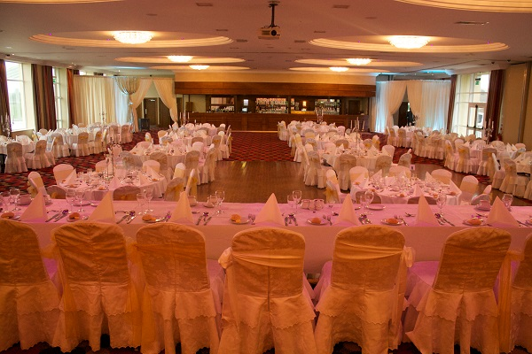 Inishowen Gateway Hotel Winter Wedding Package Lisfannon suite