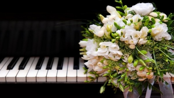 athenaeum house hotel wedding flowers