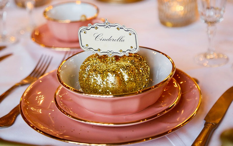 Cinderella place setting