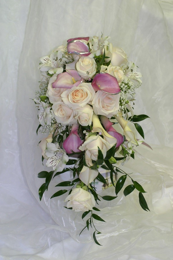 Wow-Weddings, Dundalk bridal bouquet