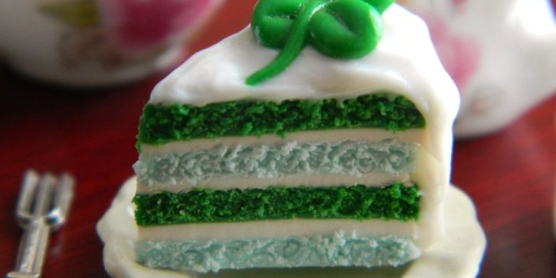 St Patrick's Day Wedding Cake