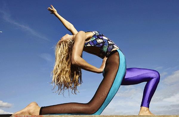 unusual yoga 2015, voga
