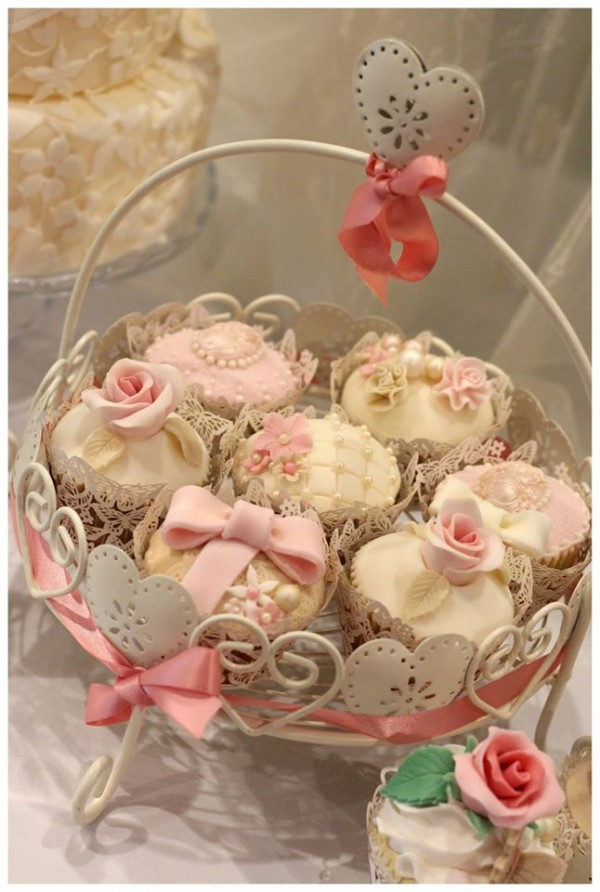 Lilly Cupcake