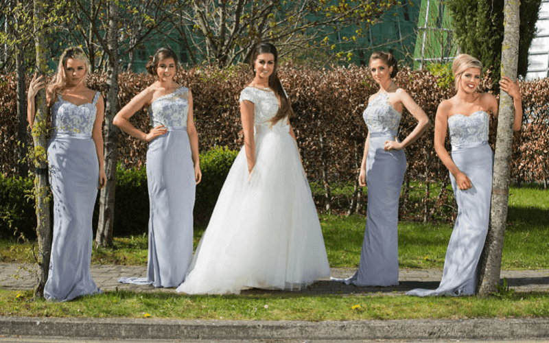 bride and 4 bridesmaids
