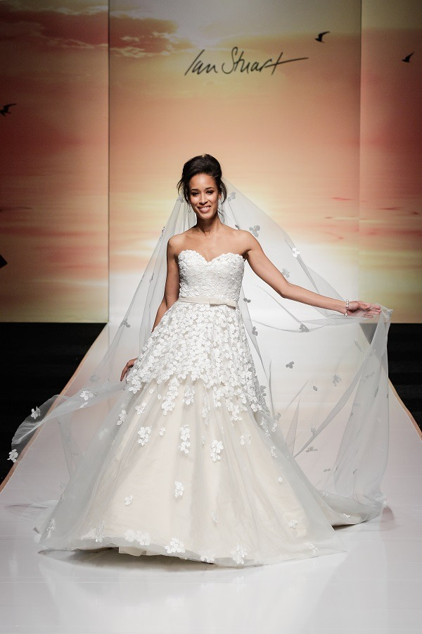 2016 wedding dress trends 6