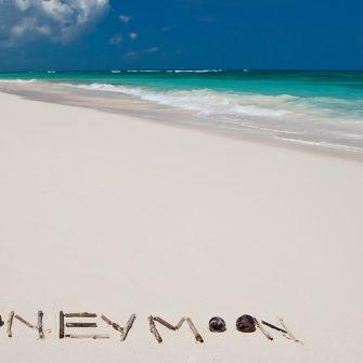 honeymoon sand