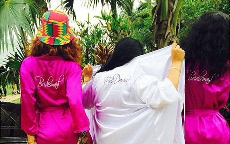 Rihanna-Bridesmaid-