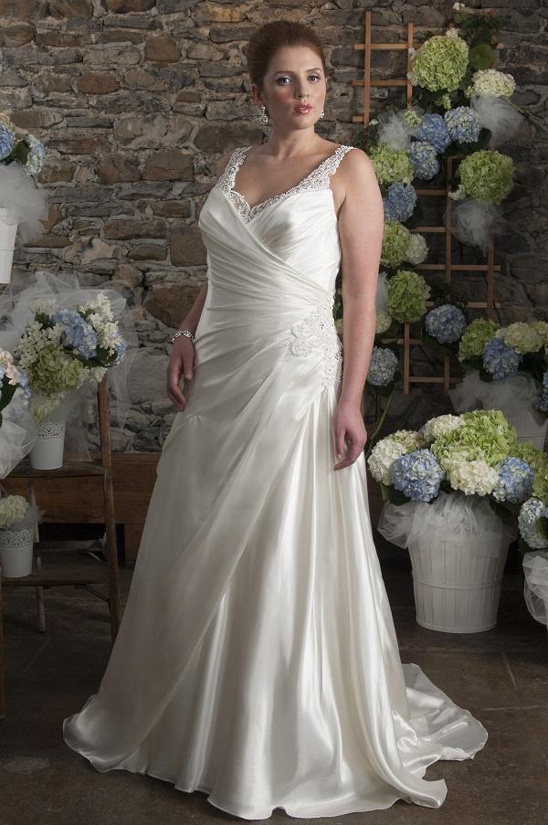 curvy bride a-line wedding dress (4)